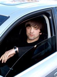Рустам, 22 лет: машина времени